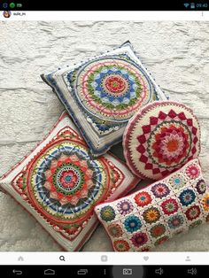 Image may contain: indoor Motif Mandala Crochet, Crochet Cushion Pattern, Crochet Cushion Cover, Crochet Mandala Pattern, Crochet Square Patterns, Crochet Cushions, Crochet Blanket Patterns, Crochet Designs, Crochet Unique