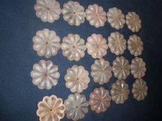 """vintage  lot of 20 Carved Glass Beads Flowers for chandelier size 2"""" in diameter"""