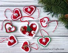 Make this crochet Heart ornament for Christmas! You can use this crochet Heart ornament for your Christmas Tree, you can decorate a gift package, or, embellish your home.
