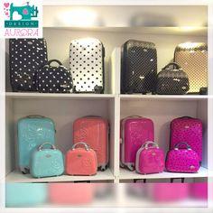 As malas da Jacki Design são de arrancar suspiros da mulherada!!! Coloridas e com um lindo design, são marcantes pela criatividade e delicadeza. Confira: www,auroradesign,com.br