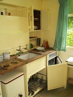 V Pre Fab Kitchen   Avoncroft Museum