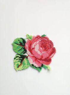 Collier Rose Rose. Patch rose. Collier de fleurs. Perles
