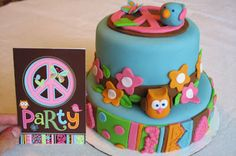 Hippie Chick Birthday theme cake by Creative Cakes by Christy Owl Birthday Parties, 4th Birthday, Birthday Ideas, Birthday Cake, Hippie Cake, Hippie Party, Hippie Chick, Crafty Craft, Creative Cakes