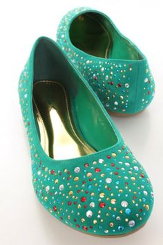 Sea Green Faux Suede Faceted Beaded Round Closed Toe Flats