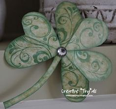 ♣~ St. Pat's Day/Irish Crafts. ~♣~ How to make a decorative paper shamrock. ~♣