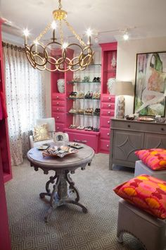 19 Luxury Closet Designs When transforming a spare bedroom into a glamorous dressing room, designer Nicole Norris, ASID, NCIDQ, turned the double-door reach-in closet into a custom-designed shoe displ Spare Room Closet, Spare Bedroom Closets, Dressing Room Closet, Extra Bedroom, Dressing Rooms, Spare Bedroom Dressing Room Ideas, Bedroom Turned Closet, Bedroom Shelves, Dressing Area