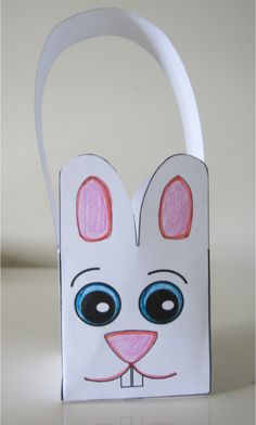 This cute little Easter basket is easy to make using our template in the Easter-Preschool. Kindergarten, Grade 1 teaching resource. www.teachezy.com www.earlychildhoodteachezy.com