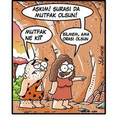 - Aşkım! Şurası da mutfak olsun! + Mutfak ne ki? - Bilmem, ama orası olsun. #karikatür #mizah #matrak #komik #espri #şaka #gırgır #komiksözler