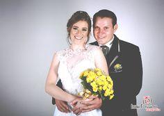Lindo casamento realizado em janeiro. Larissa e Juliano. LUANA FOGGIATTO FOTOGRAFIAS Rua Jorge Lacerda, 1216, próximo ao banco do Brasil. São José do Cedro - SC Fone: (49) 3643.1626 - 9147.0366 #casamento #wedding #casal