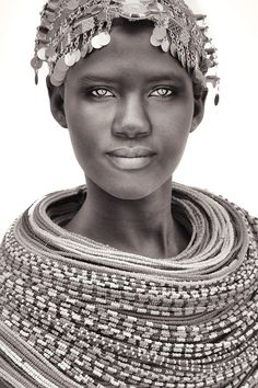 The unmarried Samburu Kenya 2013 by Mario Gerth Life Is Beautiful, Beautiful Black Women, Beautiful People, Photography Photos, White Photography, Beauty Photography, Makeup Illustration, Africa Art, African Tribes