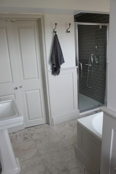 perfect for grown up bath: French grey pale walls French grey mid woodwork. Little Greene paints Loft Bathroom, Family Bathroom, Grey Bathrooms, Beautiful Bathrooms, French Grey Little Greene, Little Greene Paint, Grey Woodwork, Edwardian House, Shower Cubicles