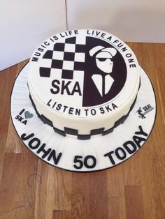 Ska cake Music Birthday Cakes, Music Cakes, Birthday Cakes For Men, 50th Birthday, Birthday Ideas, Ska Music, Cake Logo, Big Cakes, New Cake