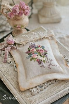 The Beauty of Japanese Embroidery - Embroidery Patterns Silk Ribbon Embroidery, Vintage Embroidery, Embroidery Art, Cross Stitch Embroidery, Embroidery Patterns, Shabby Chic Embroidery, Flower Embroidery, Raindrops And Roses, Brazilian Embroidery