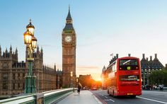 London Big Ben and traffic on Westminster Bridge - Sylvain Sonnet/The Image Bank/Getty Images Big Ben, London Hotels, London Places, Best Cities In Europe, London Winter, National Gallery, Packing For Europe, Travel Packing, London Travel