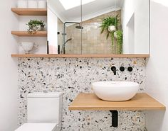Home Decoration Black My bathroom renovation - it's all about terrazzo and Moroccan tiles - We Are Scout.Home Decoration Black My bathroom renovation - it's all about terrazzo and Moroccan tiles - We Are Scout Simple Bathroom Designs, Bathroom Design Small, Bathroom Interior Design, Modern Interior Design, Modern Bathroom, Master Bathroom, Contemporary Bathrooms, Shared Bathroom, Bathroom Renos