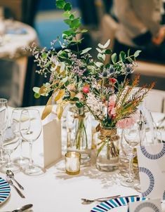 Modern Wedding Centerpieces, Wedding Table Decorations, Wedding Ceremony, Reception, Photo Zone, Table Flowers, Casual Wedding, Autumn Wedding, Dried Flowers