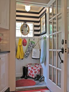 mud room.  great stripes and mirror