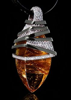 Mousson Atelier, collection Wind, pendant, White gold 750, Rutile quartz 36,28 ct., Diamonds