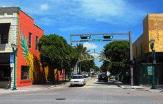 Entrance to Pineapple Grove (Delray Beach, Florida)