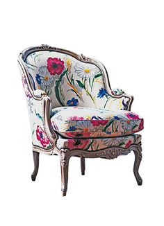 The fabric is just gorgeous on this French Bergere...I want to take this home!
