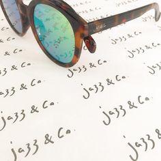 Óculos Jazz & Co.  modelo Gigi. Para o sol do fim de semana