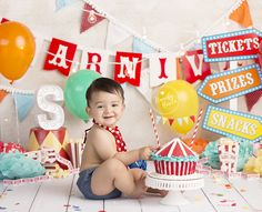 Baby boy in circus themed Baby Cake Smash Photo by Brandie Narola Photography