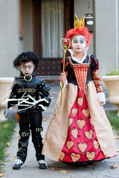 Halloween Makeup Ideas : Tim Burton childrens costumes Edward Scissorhands or the Red Queen Custom Made Halloween Motto, Family Halloween Costumes, Cute Costumes, Halloween Kids, Cosplay Costumes, Halloween Party, Costume Ideas, Halloween Clothes, Costumes Kids