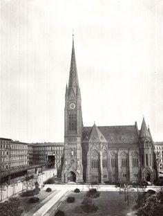 Berlin: Lutherkirche und durchbrochenes Haus der Hochbahn, um 1905
