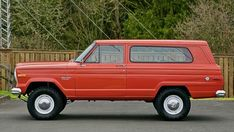 You have to wonder what the heck it was used for–it sure doesn't show much wear! That's the original Omaha Orange paint you see! Jeep Wagoneer, Jeep Xj, Cherokee Chief, Jeep Grand Cherokee, Military Jeep, Jeep Commander, Jeep Patriot, Honda Civic Si, Mitsubishi Lancer Evolution