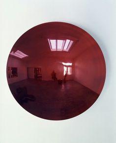 Anish Kapoor, Blood Mirror III, 2000