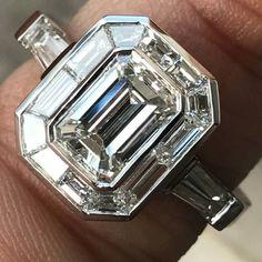 Emerald Cut Diamond Engagement With Trapezoid Halo Vintage Platinum Solitaire It's Gorgeous and elegant. SLVH ❤❤❤
