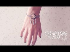 TUTORIAL DIY COMO HACER UNA PULSERA ATRAPASUEÑOS REGALO FACIL Y RAPIDO. video diy - YouTube Diy And Crafts, Arts And Crafts, Crochet Dreamcatcher, Mandala Coloring, Bracelet Tutorial, Crochet Accessories, Mandala Design, Diy Crochet, Dream Catcher