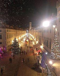 #dubrovnik #christmas2015 #stradun #croatia by ps.roberta   dubrovnik-croatia.com