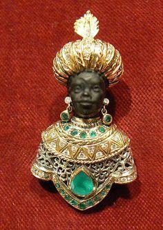 Blackamoor brooche in gold silver emeralds diamond - Dogale Jewellery (archive) epoca 1980 -