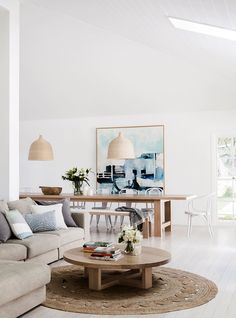 Openplan living and dining room from minimalist coastal-style home in Avalon, NSW. Photography: Maree Homer | Story: homes+
