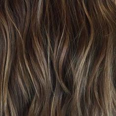 One #dimensional is so last season! Hi-def hair with multi-tonal results is a given. From #balayage to #babylights show your clients the #depth of your #talents! #Hairart by @hairbyabbybarlow