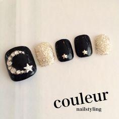 Toe nails nail art idea to try So Nails, Cute Toe Nails, Chic Nails, Feet Nails, Cute Nail Art, Fancy Nails, Manicure And Pedicure, Pretty Nails, Feet Nail Design