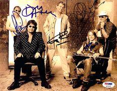 Deep Purple Autographed 8x10 Photo Ian Paice, Ian Gillian, Steve Morse, Don Airey & Roger Glover PSA/DNA