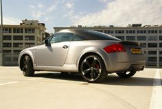 Audi TT 1.8T QC wrapped in Avery Dennison #SWF Brushed Steel - by RKDesigns.nl
