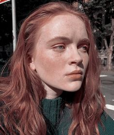 Cast Stranger Things, Stranger Things Netflix, Mad Max, The Most Beautiful Girl, Beautiful People, Sadie Sink, Girl Inspiration, Cute Girl Photo, Celebrity Crush