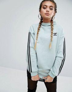 Adidas Women Shoes - Sweat Adidas bleu clair - Asos = € - We reveal the news in sneakers for spring summer 2017 Sport Fashion, Look Fashion, Teen Fashion, Fashion Clothes, Runway Fashion, Fashion Outfits, Fashion Tips, Fashion Trends, Outfit Jeans