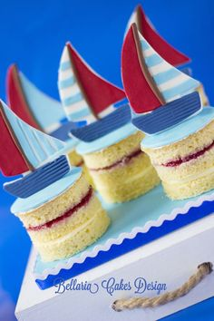 #Sailboat Mini #Cakes #Sponge #Jam & #Buttercream! Yum! We totally love and had to share! Great #CakeDecorating!