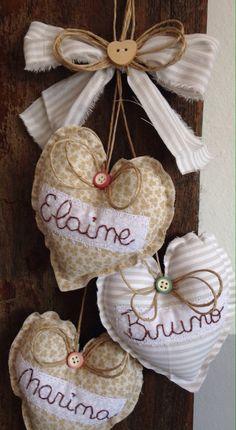 Valor referente ao pêndulo com até 4 corações  Confeccionamos em qualquer cor e na quantidade desejada também.