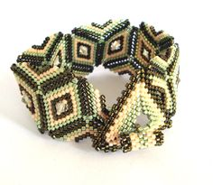 Green triangles Peyote Bracelet