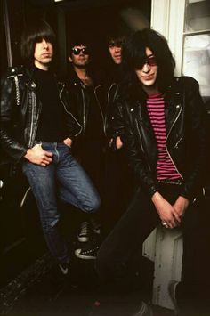 Punk band The Ramones pose for a portrait in 1983 in New York City, New York. (Photo by Deborah Feingold/Getty Images) Joey Ramone, Ramones, Rock N Roll Music, Rock And Roll, Punk Rock, Pet Sematary, Gabba Gabba, Iggy Pop, The New Wave