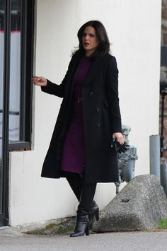 Lana Parrilla on set February Regina Mills, 70s Fashion, Fashion Boots, Womens Fashion, Womens Thigh High Boots, Swan Queen, Sexy Boots, Ouat, On Set