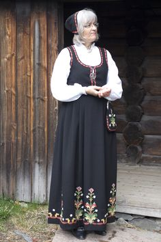 Alvdal Wish I knew what Alvdal was. This is very much like my grandmothers child size dress.