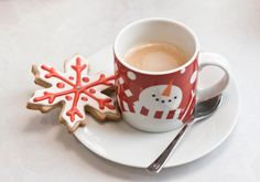 a Christmas cookie and a cup of hot cocoa! Christmas Colors, All Things Christmas, Winter Christmas, Good Morning Coffee, Good Morning Good Night, Snowflake Cookies, Christmas Cookies, Christmas Coffee, Coffee Love