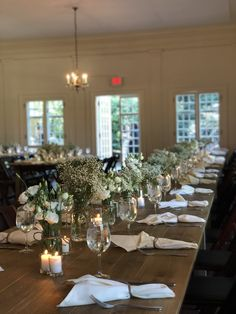 Welcome to Nikki Glekas Events White Floral Centerpieces, All White Wedding, Wedding Events, How To Memorize Things, Table Decorations, Design, Design Comics, Center Pieces
