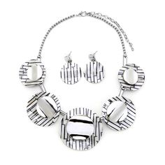 Round Acrylic Necklace Earrings Set